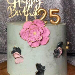 Нежный торт на день рождение