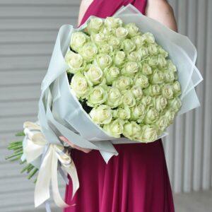Букет белых роз (51шт 70см)