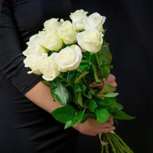 Букет белых роз (11шт 60см)