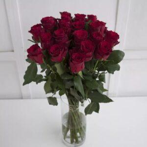 Букет красных роз (19 шт 70 см )