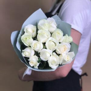 Букет из белых роз (15шт х 60см)