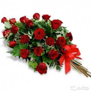 Ритуальный букет из красных роз (20шт х70см)